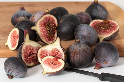 figs for white spots on skin