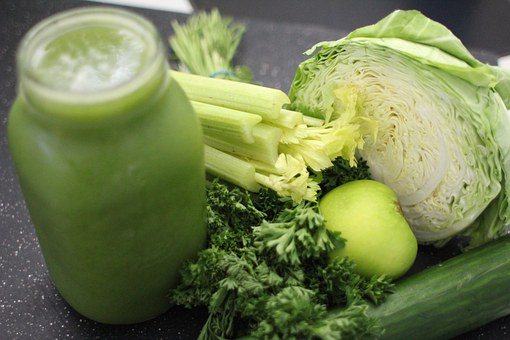 green-juice for white spots on skin