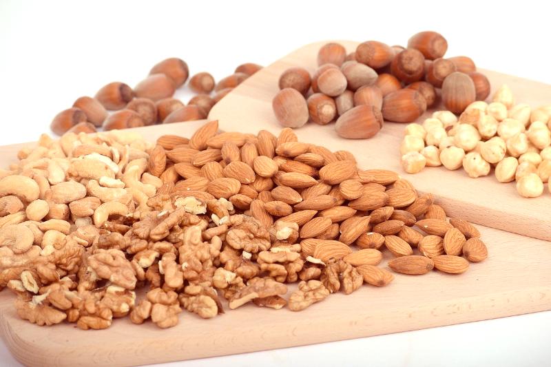 nuts can detox liver